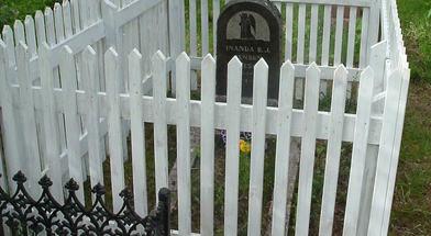 Karlsøy kirkegård