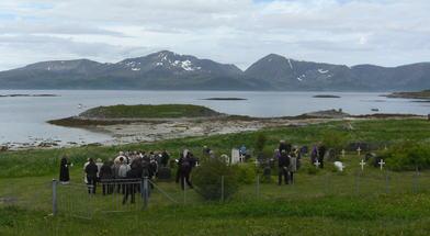 Helgøy kirkegård