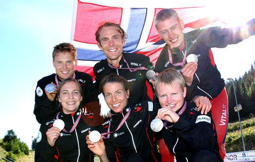 Norges 6 sølv-vinnere under VM-stafetten i Trondheim 2010. Foto: Geir Nilsen / OPN.no.