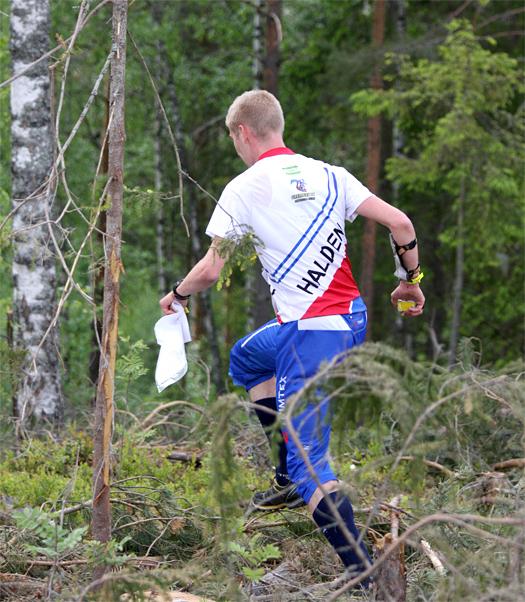 Olav Lundanes i et VM-uttaksløp like utenfor Hønefoss i Ringerike i mai 2012. Foto: Geir Nilsen/OPN.no.