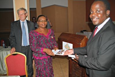 Helseminister får SINTEF-rapporten 400p.jpg