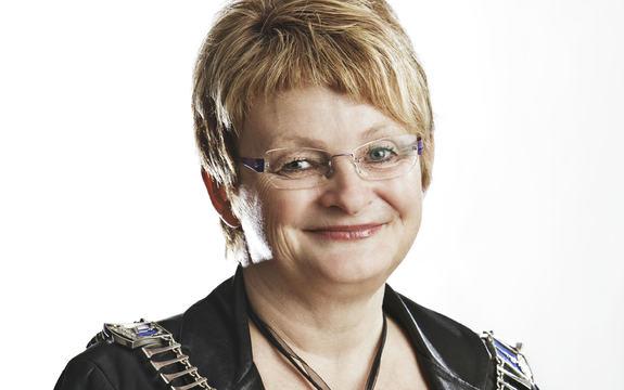 Portrettfoto av fylkesordførar Åshild Kjelsnes. Fylkesordførar Åshild Kjelsnes. Foto: Kristjàn Logason