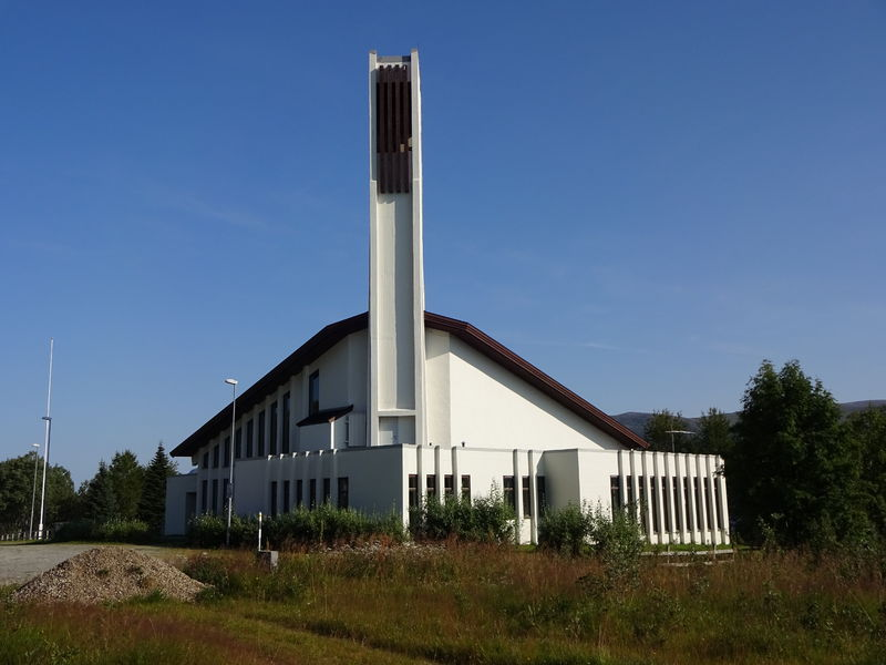 Hansnes kirke