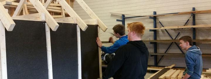 Elevar byggjer bod på byggfag