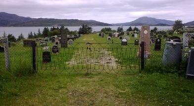 Lyngnes kirkegård