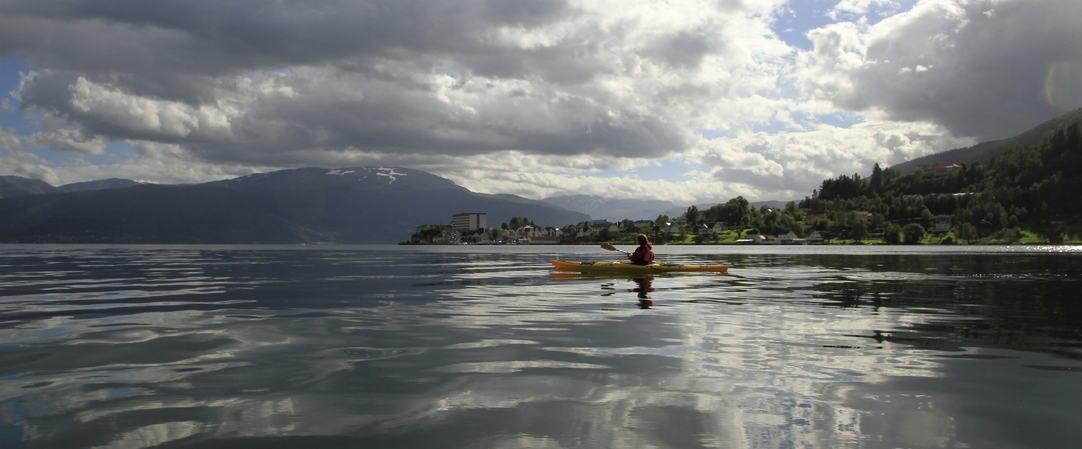 Kajakk på Esefjorden, foto jh