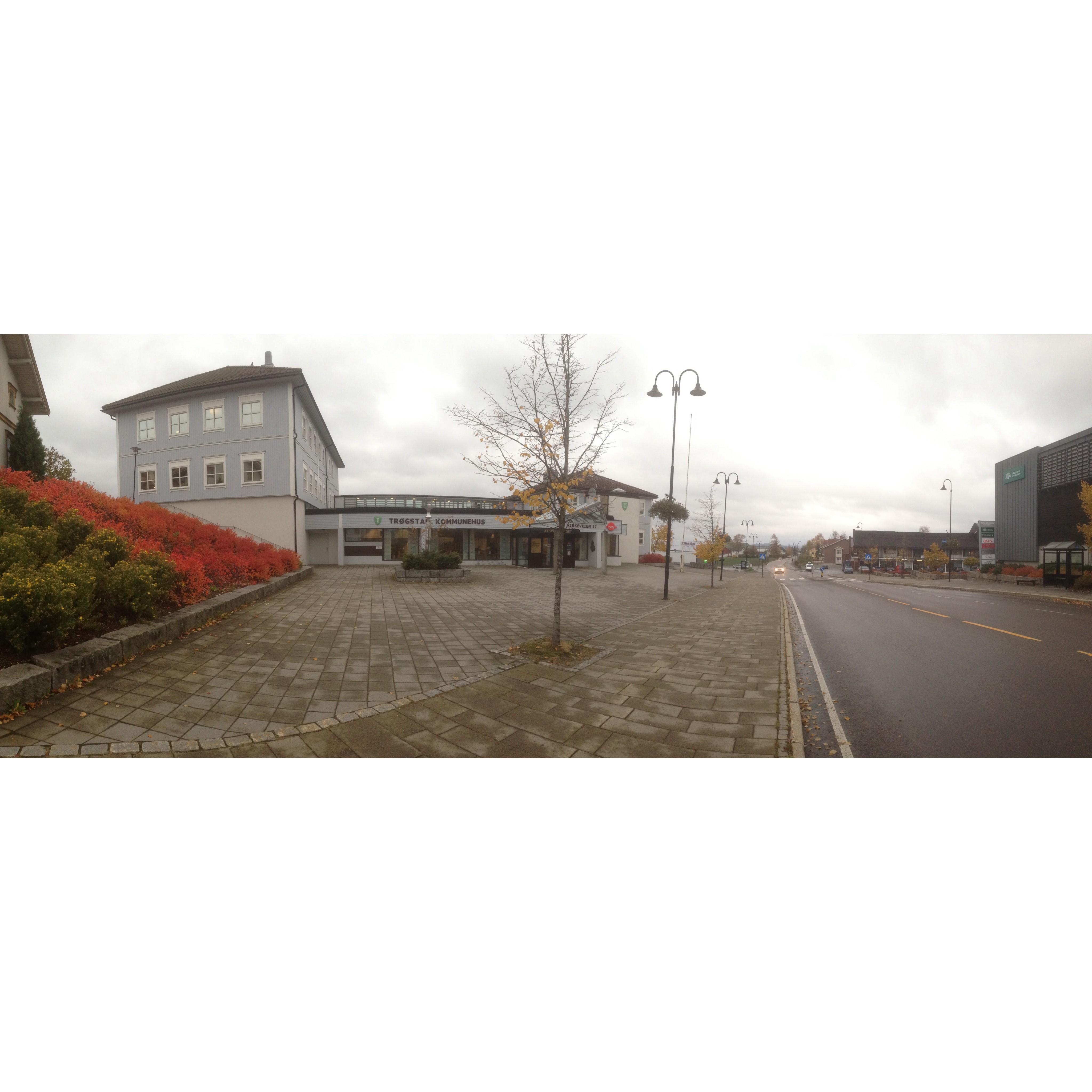 Kommunehuset høst tjueseksten