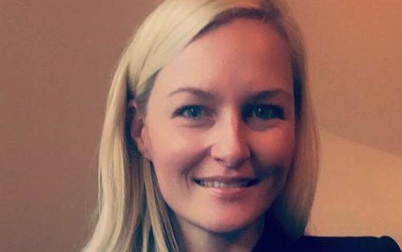 Fylkesrådmannen har tilsett Kristin Rundsveen som rådgjevar for fylkesordføraren