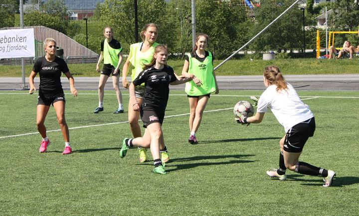 Aktivitetsdag ved Hafstad vgs våren 2016, foto - Rune Thingnes