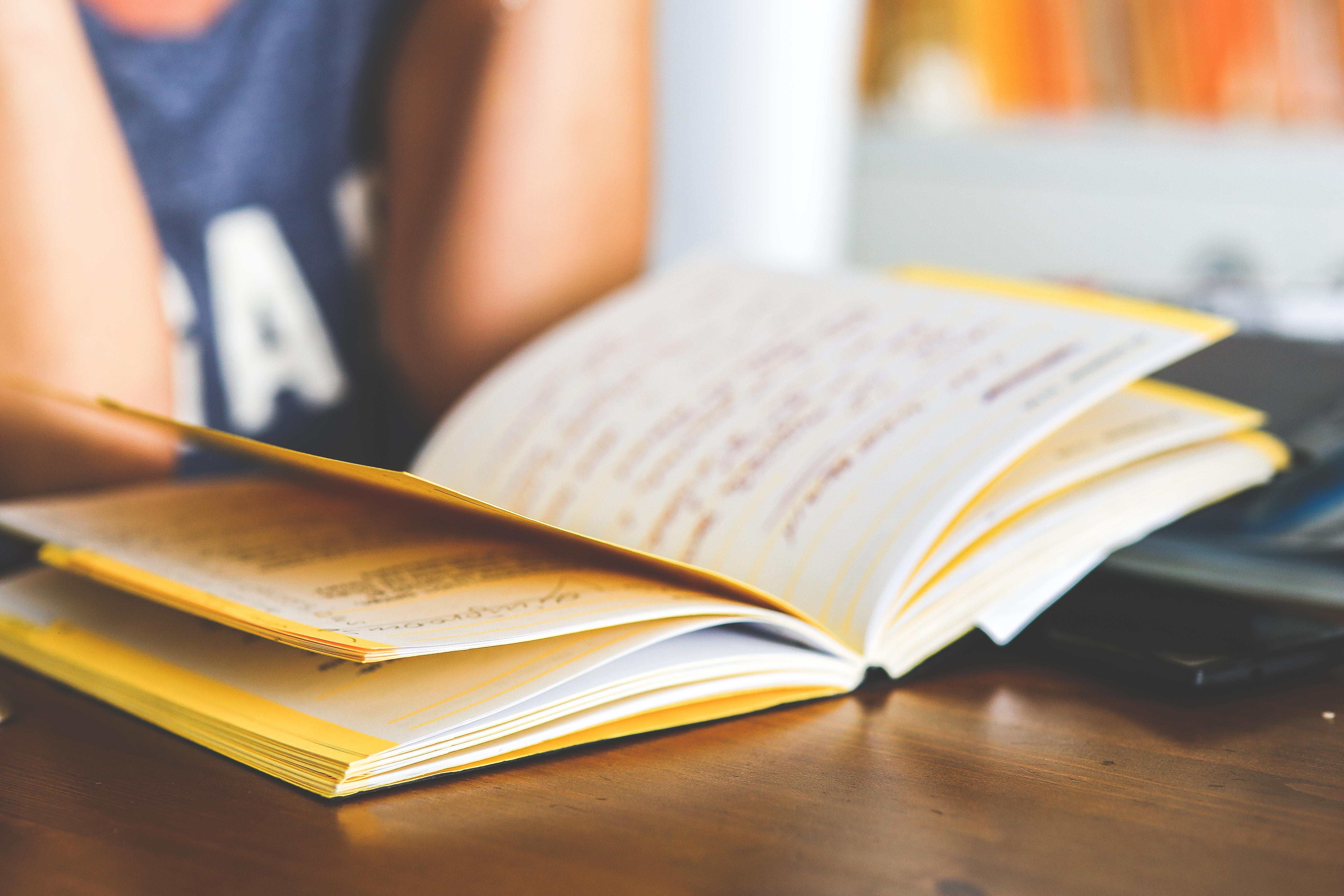 Illustrasjon læring - bok