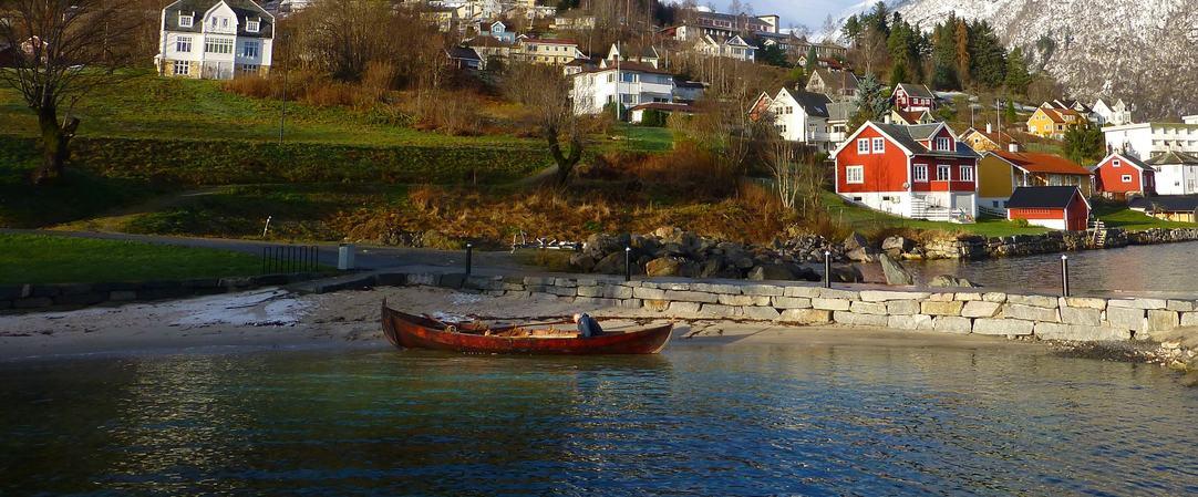 Sognabåt i Hittunsfjøra