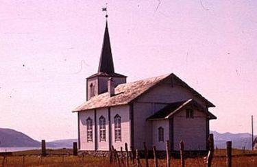 Helg�y kirke 5_400x260