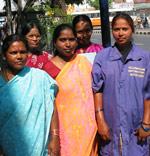 Stolte kvinnegruppedeltakere