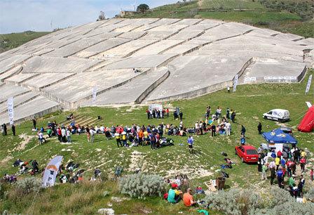 En utrolig betong-labyrint ble i 1989 bygget til minne om jordskjelvet i Gibellina 21 år tidligere.