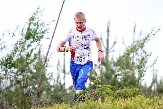 Olav Lundanes i kjent offensiv stil på VM-uttaksløpet i Ringerike 2012. Foto: Geir Nilsen/OPN.no.