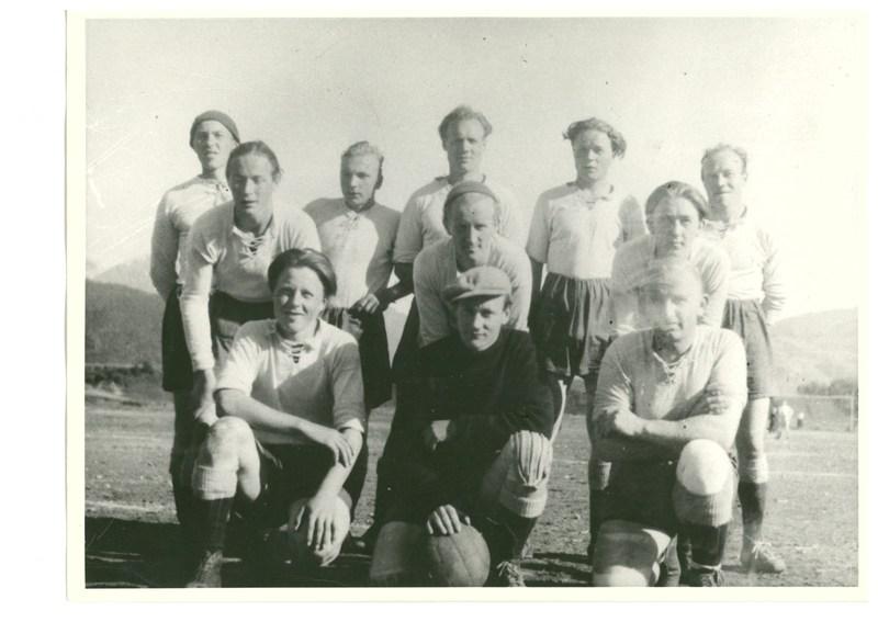 Bilde til historikk hjemmeside NIL