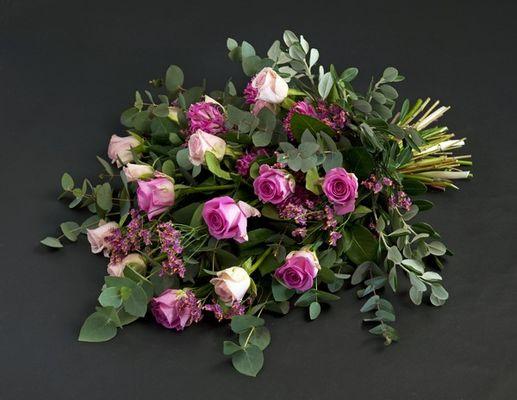 110708_blomster_bårebukett
