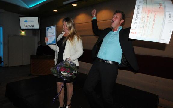 Gulen Dykkesenter tek imot reiselivsprisen 2015 på Scandic hotell.