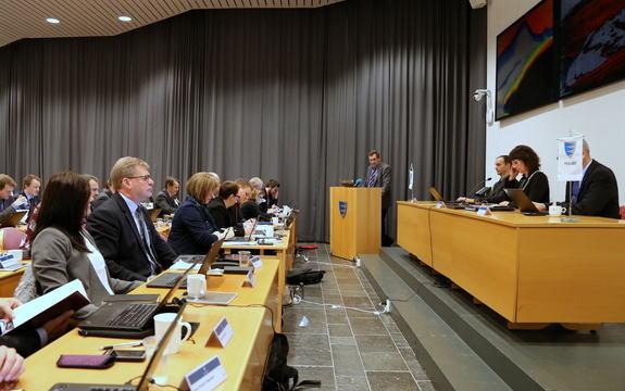 Fylkestinget i møte i fylkeshuset 23. november 2015.