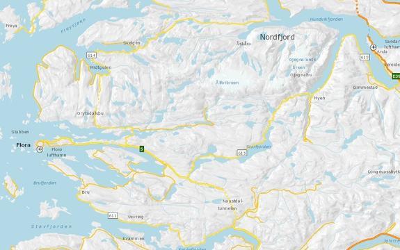 Kart over deler av Sogn og Fjordane med fylkesveg 615 i sentrum
