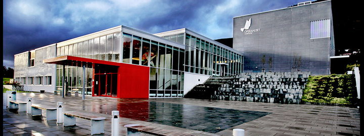 Operahuset Nordfjord og Eid vidaregåande skule