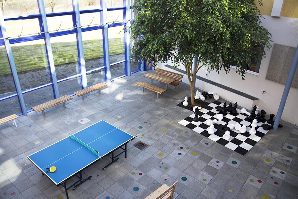 Sjakk og pingpong.jpg