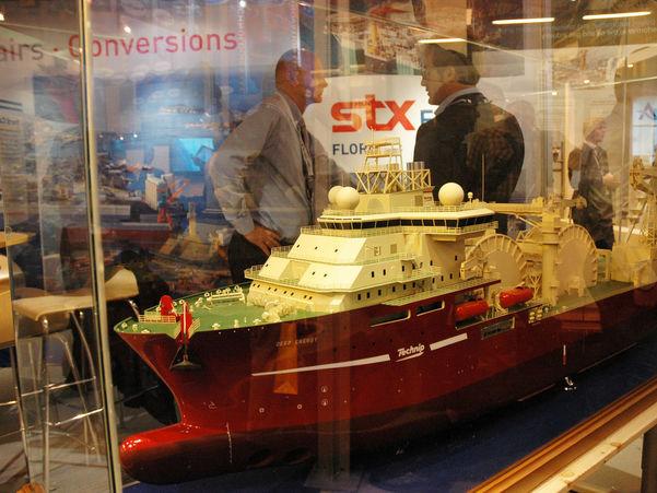 Bilete av modell av petroleumsbåt i monter Foto: Birthe Johanne Finstad/Sogn og Fjordane fylkeskommune
