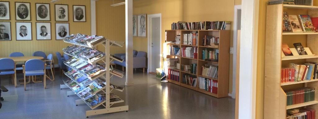 Bibliotek Mo_1_1024x384.JPG