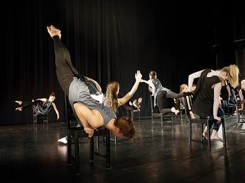 Bilde frå danseframsyning nov 2015