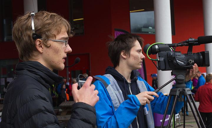 2mka-elevar streamer arrangementet Førde Opp
