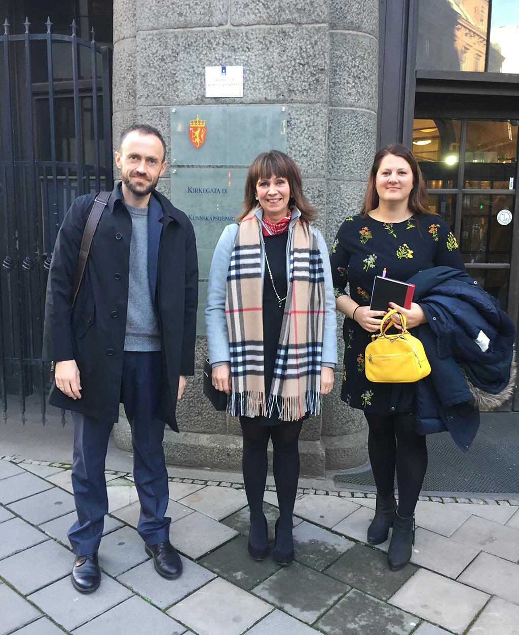 Simon Nesse, Jenny Følling og Karianne Torvanger.jpg