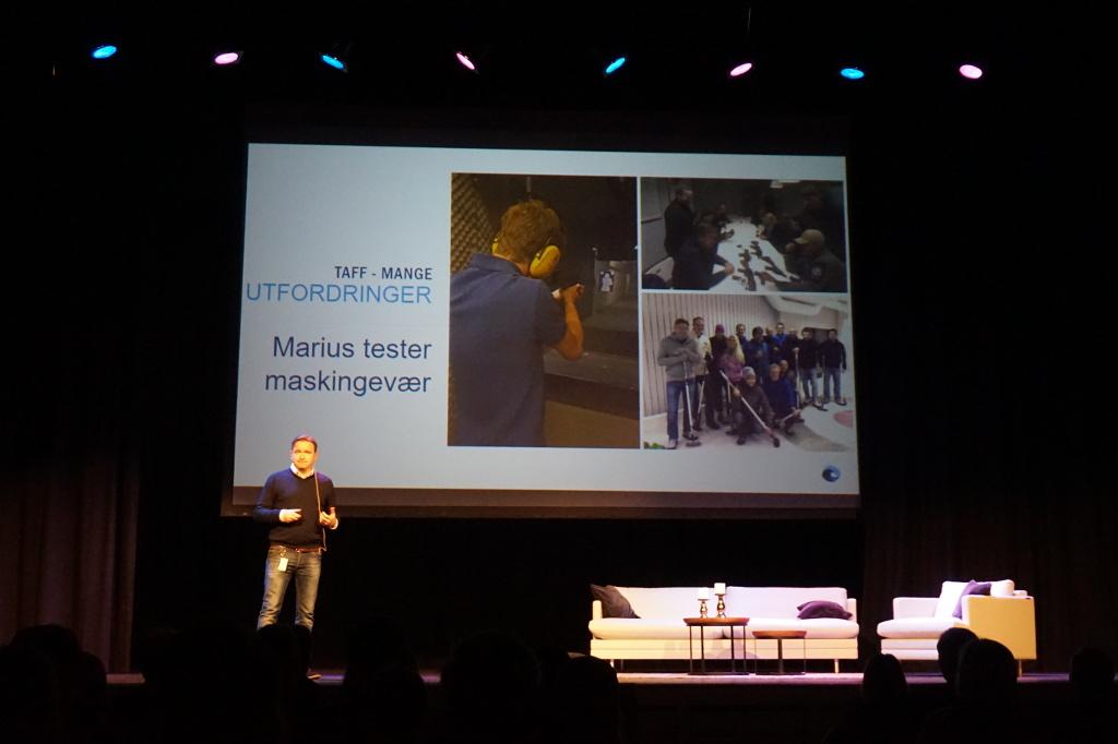 Sindre Kvalheim presenterer LocalHost.jpg