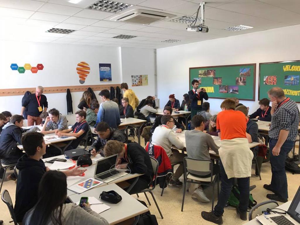 Elevar frå Hafstad vgs deltek i workshop i Spania