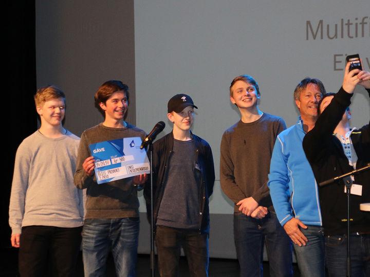 Multifix UB fikk to premiar på Fylkesmesse for ungdomsbedrifter, 2 plass for beste utstilling og 2 plass for beste produkt. GRATULERER!