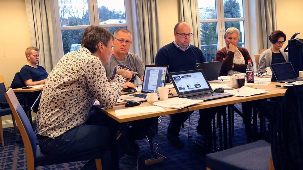 Forhandlingsmøte Selje Eid Fjordabladet.jpg