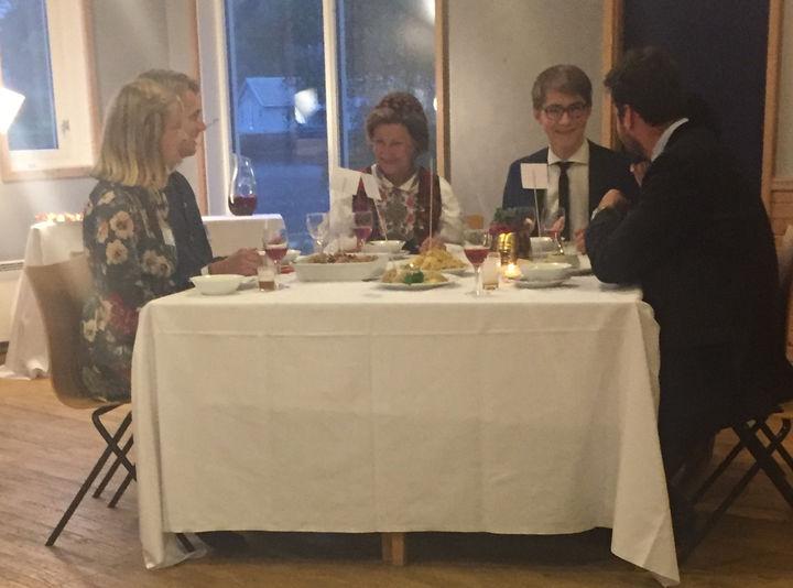 Middag med HKH Dronning Sonja