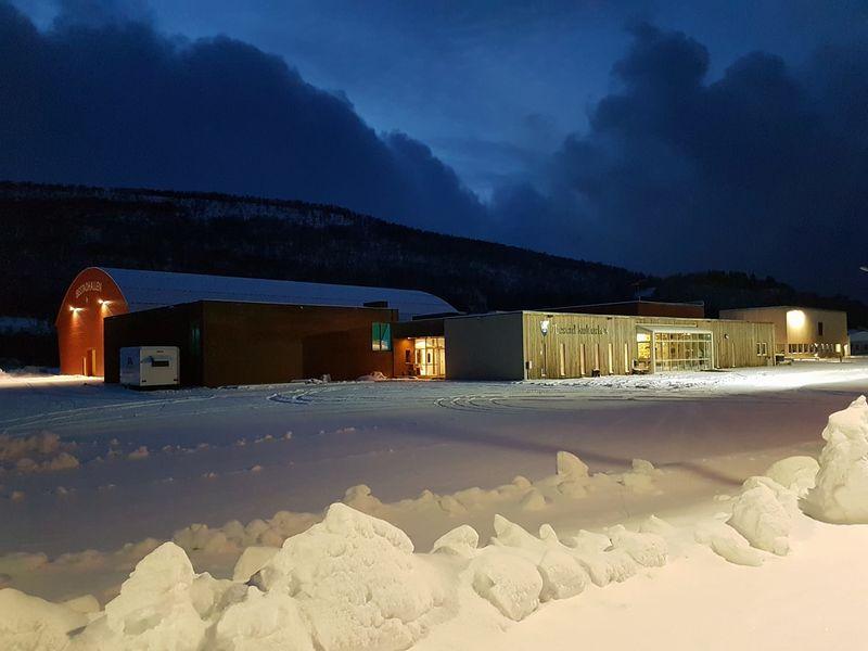 Bilde av kulturhuset vinter
