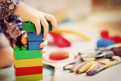 Barn og lego