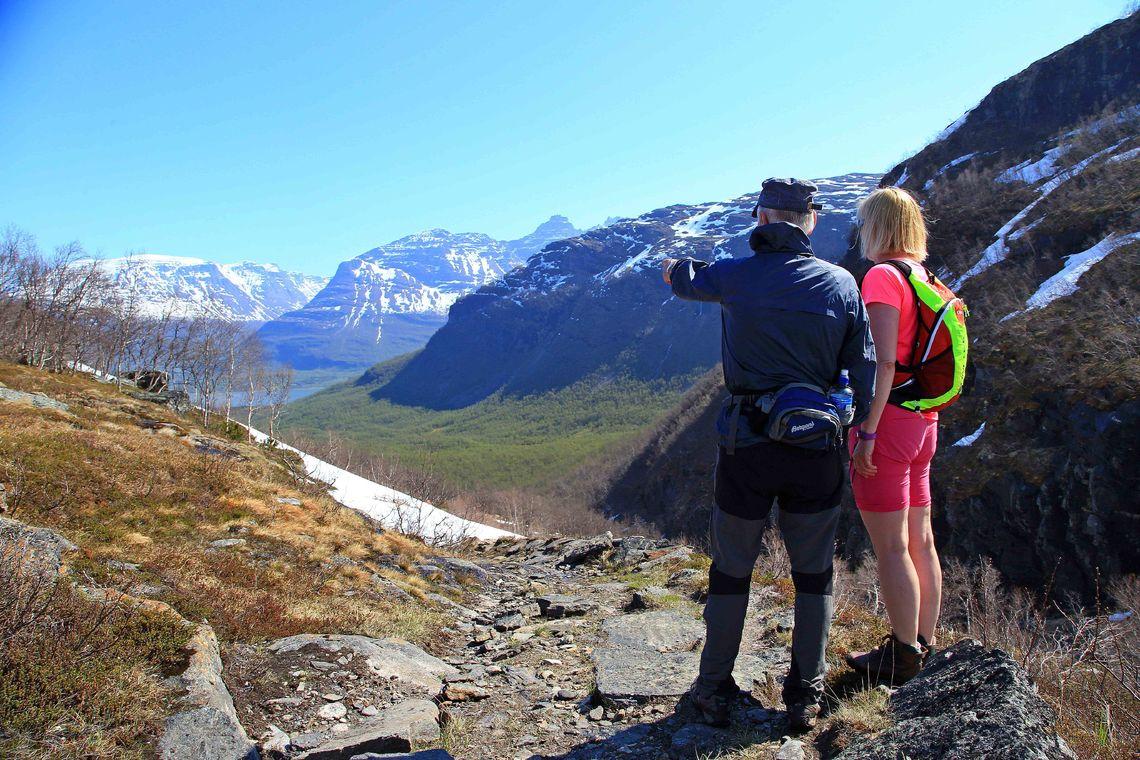 Utsikt mot Storfjorden_Tine Marie Hagelin