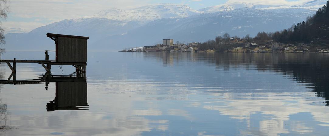 Esefjorden mot Holmen