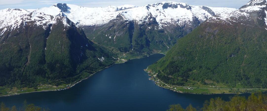 Mot Sværefjorden, foto skø