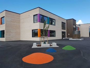 Ny Skjønhaug skole skolegård