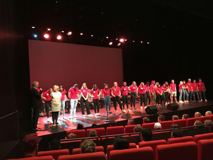 Miljøkoordinator Hilde-Kristin G Nord og Rektor Ove Bjørlo presenterte elevmentorane dette skuleåret