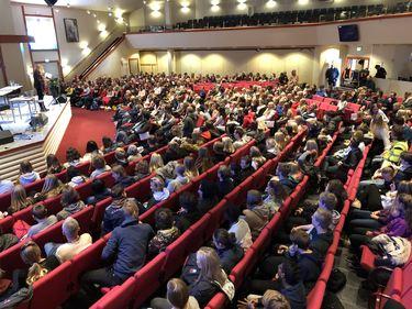 500 ungdommer var på plass da Inkluderende Vennesla inviterte til konferanse om sosiale medier.