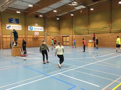 Volley-3.jpg