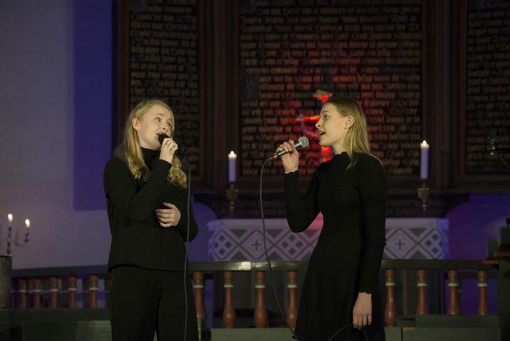 Song med Sofia Hyttedalen og Ive