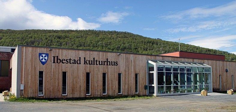 Ibestad kulturhus sommerstid