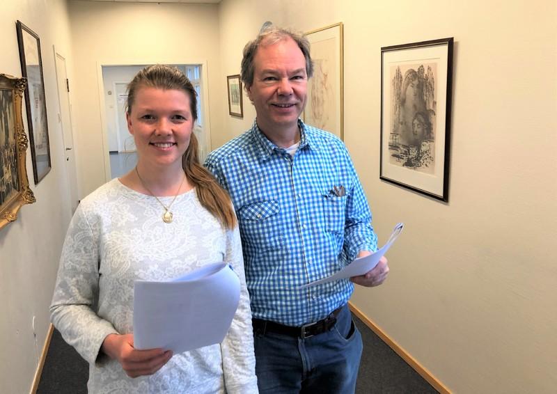 Kommuneoverlege Per Kjetil Dalane og student Julie Graff