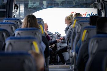Buss, betaling, korrespondanse ekspresbuss