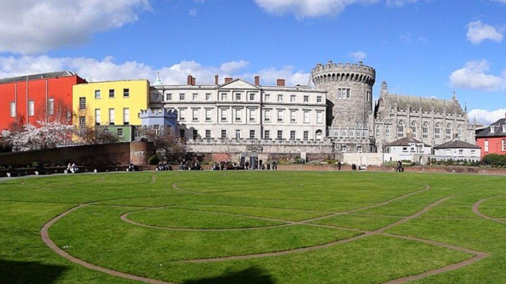 Dublin Castle Bjørn Christian Tørrisen Wikimedia Commons.jpg